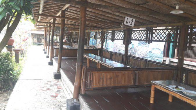 Lesehan Ulam Sari