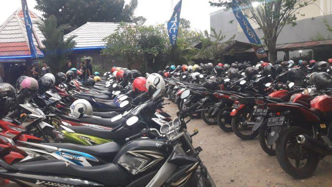 Area Parkir Ulam Sari Resto, Tempat Transit di Kudus.