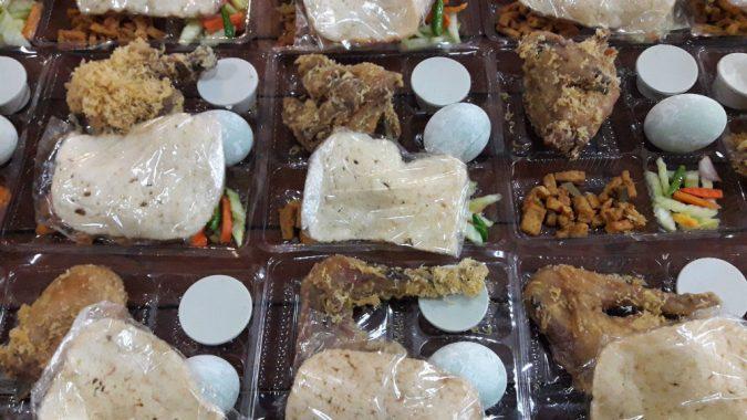 Nasi berkat Ulam Sari