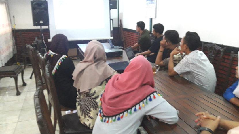 Tempat Meeting & Karaoke Ulam Sari